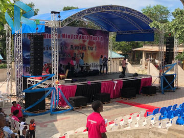 Studio / Event Curved Aluminum Truss Roof Systems High Loading Capacity